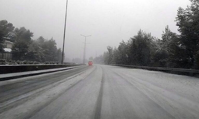 Μήδεια: Έρχεται στην Αθήνα – Σφοδρή χιονόπτωση στη Μαλακάσα! (vids+pics)