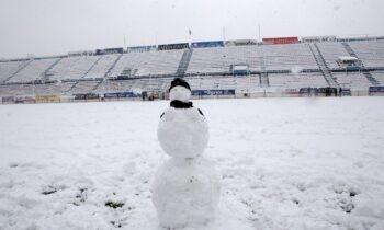 Η Μήδεια τα σάρωσε όλα στην Αθήνα και Ολυμπιακός, Παναθηναϊκός, ΑΕΚ (μεταξύ άλλων) είδαν τα γήπεδά τους να ντύνονται στο ολόλευκο χρώμα του χιονιού.