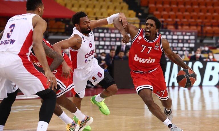 Ολυμπιακός- ΤΣΣΚΑ 74-75: «Πλήρωσε» το πρώτο ημίχρονο