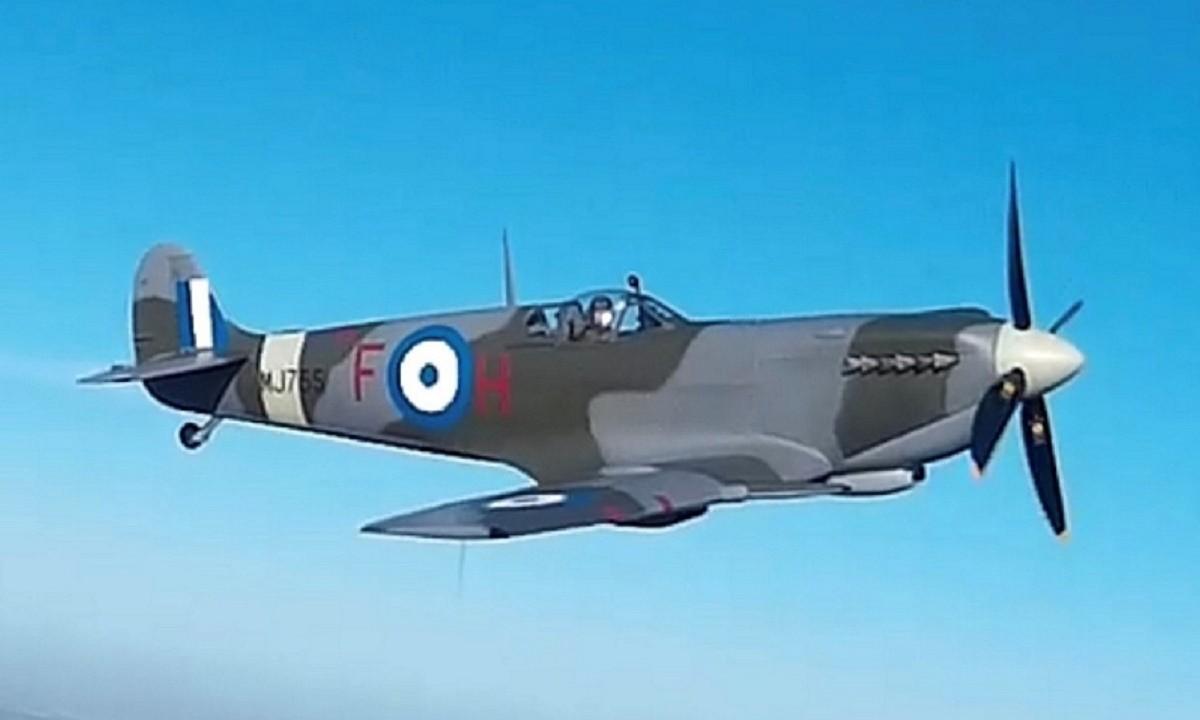 Πολεμική αεροπορία: Στους ελληνικούς ουρανούς το θρυλικό «Supermarine Spitfire MJ 755»