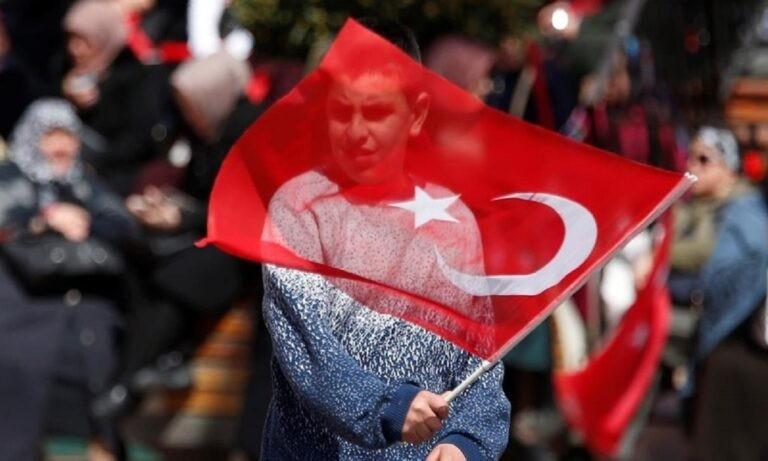 Ελληνοτουρκικά: Δημοσκόπηση ΣΟΚ – Ο Ερντογάν φεύγει νύχτα