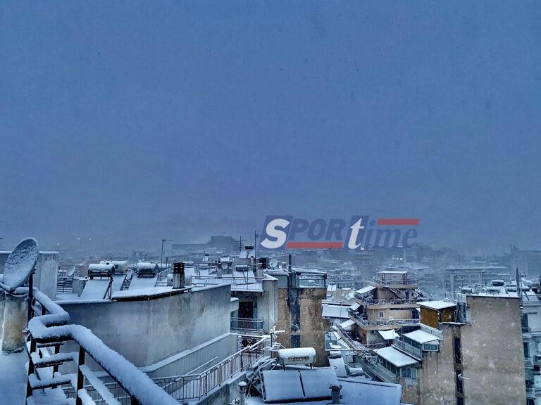 Χιόνια: Δεν φαίνεται ούτε η Ακρόπολη στην Αθήνα! (φωτογραφίες)