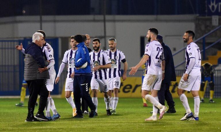 Απόλλων Σμύρνης-ΑΕΛ LIVE: Σέντρα στις 15:00 στο «Γεώργιος Καμάρας», σε παιχνίδι για την 1η αγωνιστική των πλέι άουτ της Super League.