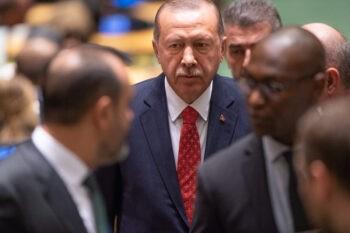 Αμερική- Τουρκία: Κλειστός ο δίαυλος επικοινωνίας μεταξύ ΗΠΑ και Τουρκίας. Σε αναμμένα κάρβουνα ο Ταγίπ Ερντογάν για τις σχέσεις των 2 χωρών.