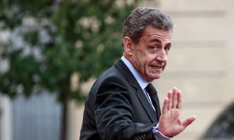Γαλλία: Με ηλεκτρονικό βραχιολάκι ο Σαρκοζί, δεν θα οδηγηθεί στη φυλακή