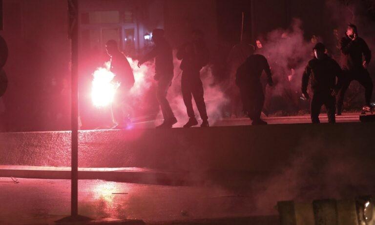 Νίκαια: Σοβαρά επεισόδια μεταξύ Αστυνομίας και αντιεξουσιαστών (pic)