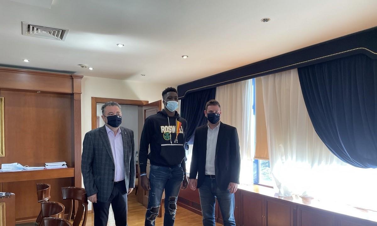 Άλεξ Αντετοκούνμπο: Κατέθεσε αίτημα για την ελληνική ιθαγένεια