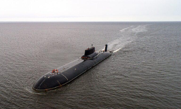 Ψυχρός πόλεμος στην Κρήτη – Ρωσικό υποβρύχιο έκανε πρόβα επίθεσης στο αεροπλανοφόρο Αιζενχάουρ;