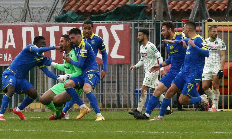 Παπαδόπουλος για Παναθηναϊκό: «Μικραίνει με παίκτες που παριστάνουν τους τραυματίες» (vid)