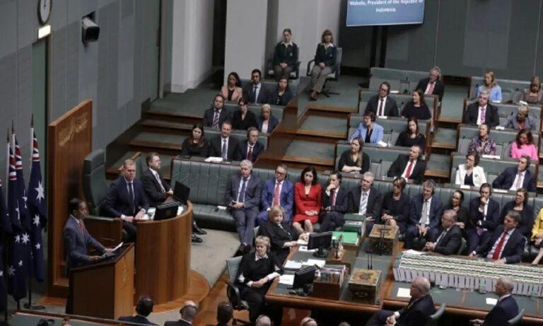 Σάλος στην Αυστραλία: Ροζ βίντεο με βουλευτές να συνουσιάζονται μέσα στη Βουλή!