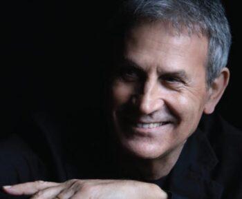Γιώργος Νταλάρας: Νέο τραγούδι «Στου κόσμου το μπαλκόνι» από το νέο album «Της Σιωπής ο Τόπος», που θα κυκλοφορήσει στις αρχές Απριλίου.