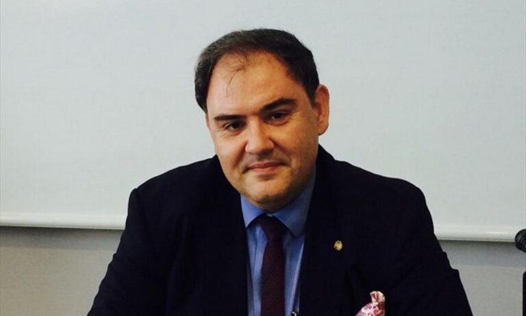 Σαρηγιάννης: «Χρειάζεται ένας μήνας lockdown για να μειωθούν τα κρούσματα κάτω από 800»