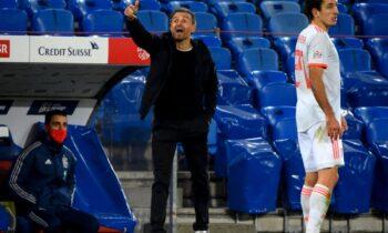 Ο προπονητής της Εθνικής Ισπανίας, Λουίς Ενρίκε μετά από την ισοπαλία απέναντι στην Ελλάδα (1-1) τόνισε ότι η ομάδα του δεν είχε φρέσκο μυαλό έξω από την περιοχή του αντιπάλου.