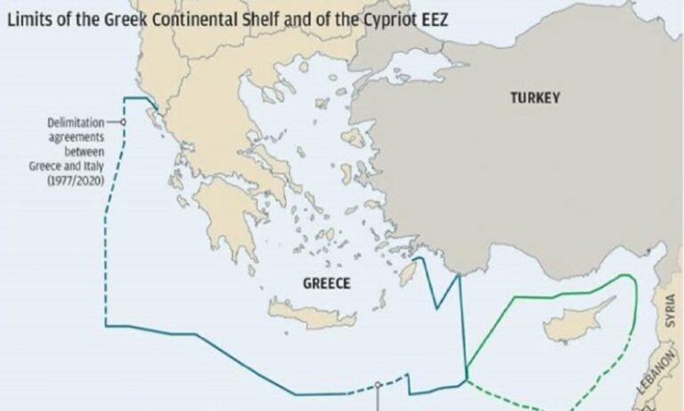Τούρκοι: Δεν μας αφήνει η Ε.Ε. να κάνουμε ασκήσεις στην Αν. Μεσόγειο, υποστηρίζει ο «πατέρας» της τουρκικής Γαλάζιας Πατρίδας.
