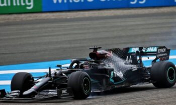 Formula 1: Ο Χάμιλτον νικητής στο πρώτο γκραν πρι της χρονιάς στο Μπαχρέιν