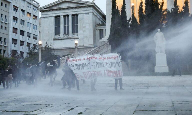 Κουφοντίνας – Επεισόδια: Χαμός στο κέντρο της Αθήνας (vid)