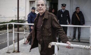 Κουφοντίνας: Τέλος η απεργία πείνας - Οι πρώτες του δηλώσεις μέσα από τη ΜΕΘ!