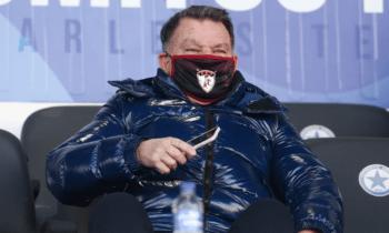 Διαψεύδει ο Αλέξης Κούγιας τα περί επαφών με Πηλαδάκη και Σπανό για την πώληση του πλειοψηφικού πακέτου των μετοχών της ΠΑΕ ΑΕΛ.