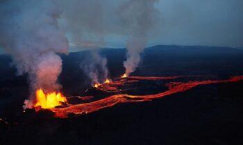 Ισλανδία: Απίστευτα video από ηφαίστειο που εξερράγη!