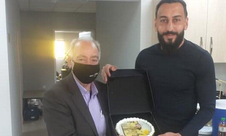 Άρης: Τούρτα-έκπληξη στον Μήτρογλου για τα γενέθλιά του (pics)
