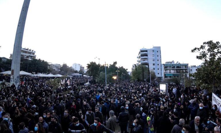 Νέα Σμύρνη: Ελευθερία ναι, αναρχία όχι. Ούτε ολοκληρωτισμός και αστυνομοκρατία, ούτε χάος και διχασμός θα κρατήσουν όρθια τη χώρα