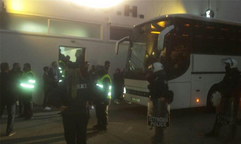ΟΦΗ: Ένταση και ΜΑΤ έξω από το «Γεντί Κουλέ» μετά από την ήττα από την ΑΕΛ