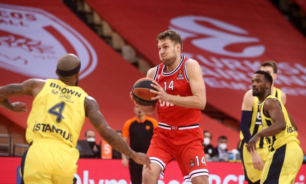 Ολυμπιακός- Φενέρμπαχτσε 71-76:  Ξύπνησε αργά