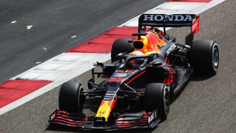 Ο Φερστάπεν αποκαλύπτει την στρατηγική της Mercedes πριν το πρωτάθλημα.