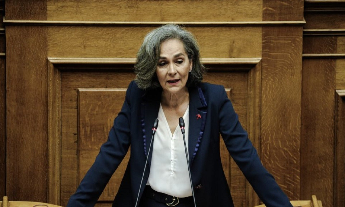 Σοφία Σακοράφα: Συναντήθηκε με τον προέδρο της Ε.Ο.Ε., Σπύρο Καπράλο