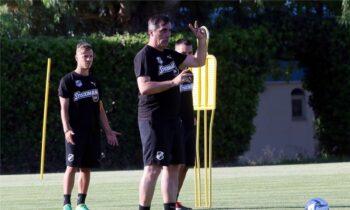 ΟΦΗ: Με Σαμαρά η προπόνηση - Διαδοχικές συσκέψεις για το θέμα του προπονητή