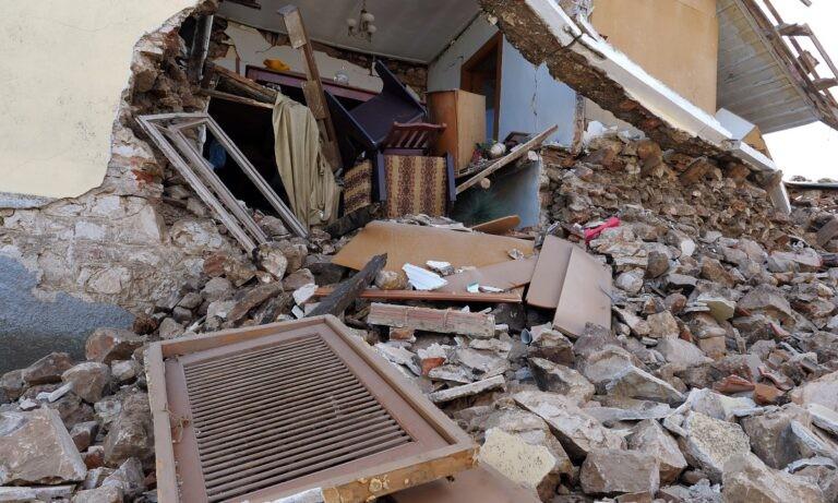 Σεισμός-Ελασσόνα: Σχεδόν 900 σπίτια κρίθηκαν μη κατοικήσιμα