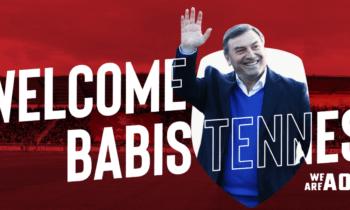 Ξάνθη: Ο Μπάμπης Τεννές που ήταν και στο γήπεδο της Αγυιάς στο ματς με τον Παναχαϊκή, ανακοινώθηκε και επίσημα από τους Ακρίτες.