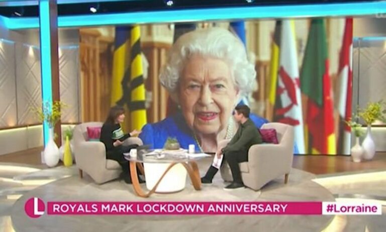 Βασίλισσα Ελισάβετ: «Έχασε κομμάτι από το δόντι;» – Η on air απορία που έγινε viral