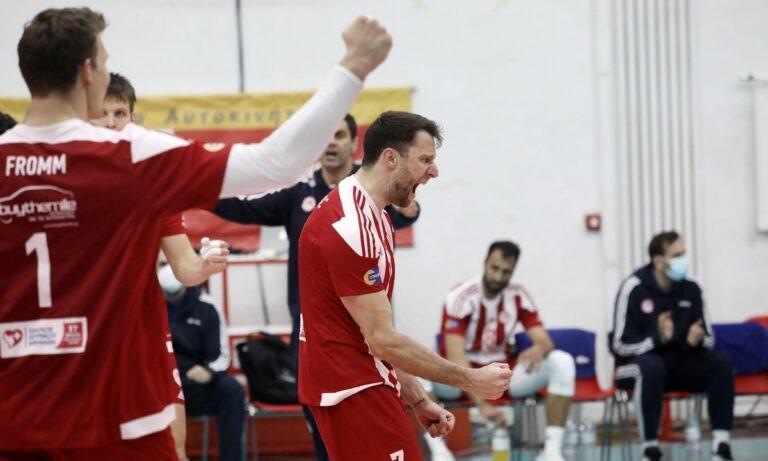 Volley League: Ματσάρα και νίκη-τίτλου ο Ολυμπιακός στο ντέρμπι με ΠΑΟΚ (vid)