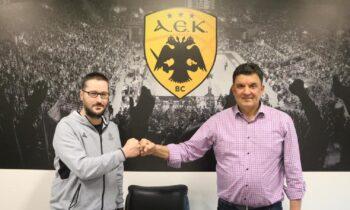 Με μια λιτή δήλωση ο Βαγγέλης Αγγέλου συστήθηκε στον κόσμο της ΑΕΚ λίγο μετά την ανακοίνωσή του από την ΚΑΕ ως ο νέος προπονητής της ομάδας.