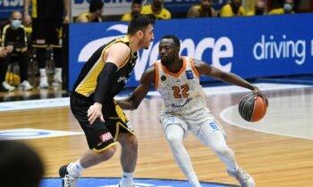 Είναι ο παίκτης που έχει κλέψει την παράσταση στη φετινή Basket League ο Τζέριαν Γκραντ και για το λόγο αυτό οι πληροφορίες αναφέρουν ότι απασχολεί τον Ολυμπιακό!