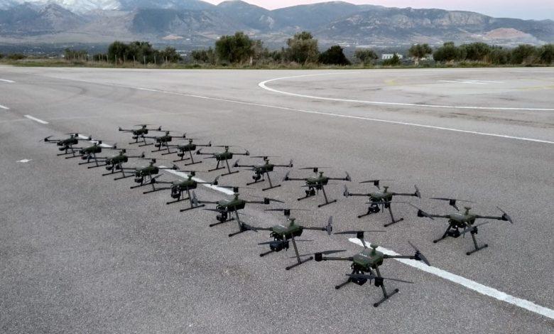 Ένοπλες δυνάμεις: Όπως έγινε γνωστό, μετά από διαγωνιστική διαδικασία του ΓΕΣ, η ελληνική εταιρεία ALTUS LSA παρέδωσε 32 Συστήματα μη Επανδρωμένων Αεροσκαφών τύπου (drones) ATLAS 204 για την κάλυψη αναγκών επιτήρησης και ελέγχου στα σύνορα και των προσφυγικών ροών.