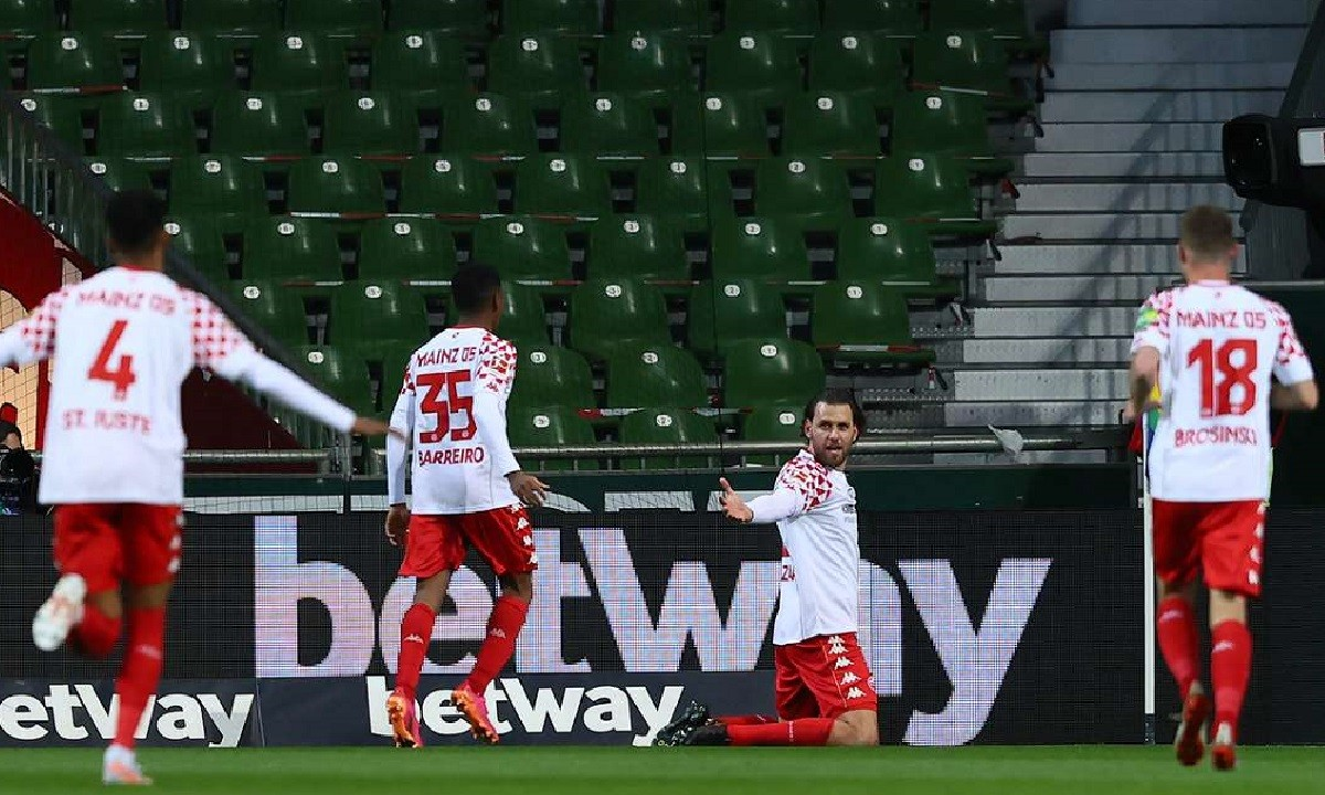 Bundesliga: Διπλό σωτηρίας για Μάιντς, έχασε έδαφος η Γκλάντμπαχ (vids)