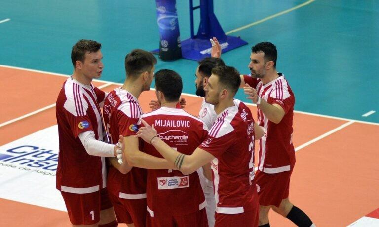 Φοίνικας Σύρου – Ολυμπιακός 0-3: Πέρασε «αέρας» και είναι αγκαλιά με το πρωτάθλημα (vid)