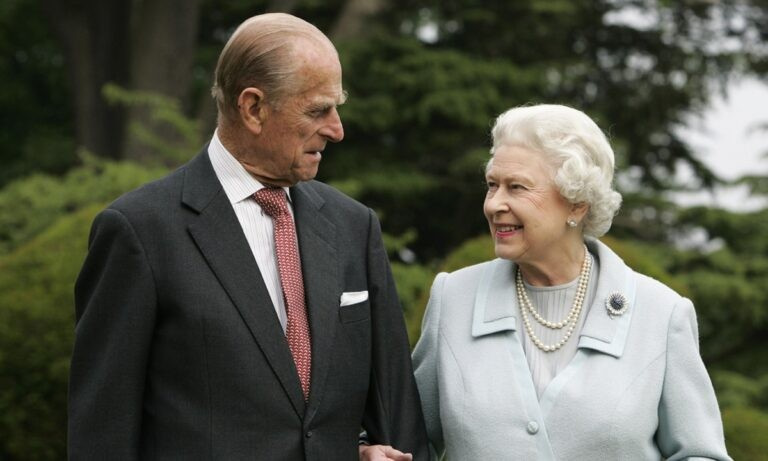Βασίλισσα Ελισάβετ: Η αγαπημένη της φωτογραφία με τον Φίλιππο