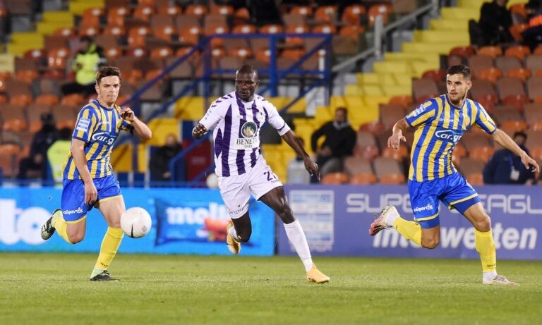 Super League 1: «Τελικοί» σε Ηράκλειο και Αγρίνιο