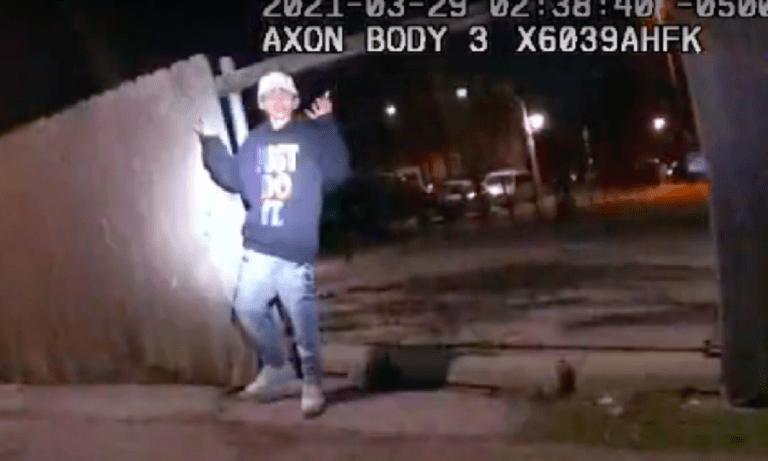 Σικάγο: Σοκάρει το βίντεο της δολοφονίας 13χρονου από αστυνομικό!