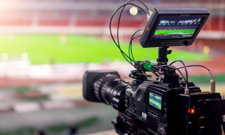 Αθλητικές μεταδόσεις για τη Δευτέρα 19 Απριλίου: Με το παιχνίδι Λαμία-ΑΕΛ ολοκληρώνονται οι μεταδόσεις για την 4η αγωνιστική των πλέι άουτ της Super League.