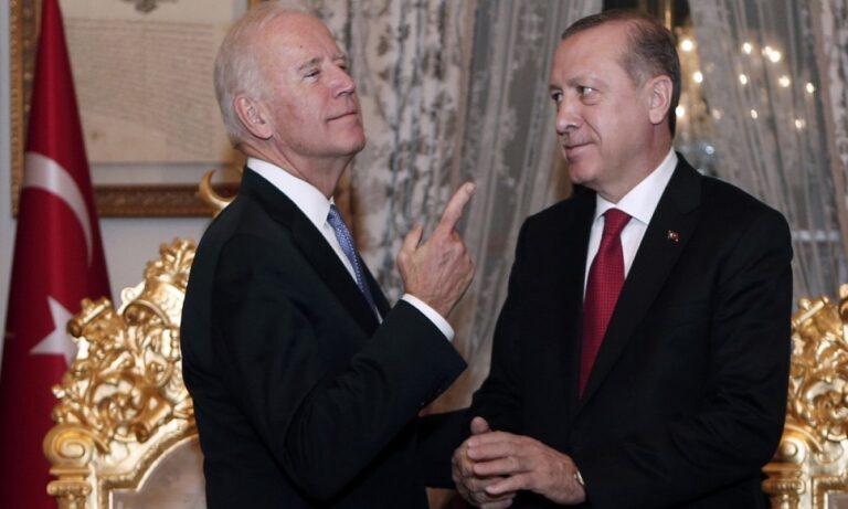 Μόνο Τούρκοι επιβεβαιώνουν την τηλεφωνική συνομιλία Μπάιντεν – Ερντογάν