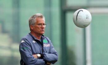 Μπόλονι: Ο Ρουμάνος υποστήριξε ότι ο Παναθηναϊκός δεν έχει απωλέσει τις ελπίδες του για μια θέση στο UEFA Conference League της επόμενης σεζόν.