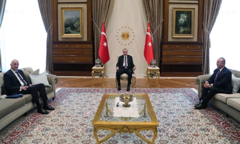 Ερντογάν: Στον καναπέ του Τούρκου προέδρου και ο Έλληνας ΥΠΕΞ – Sofagate No2;