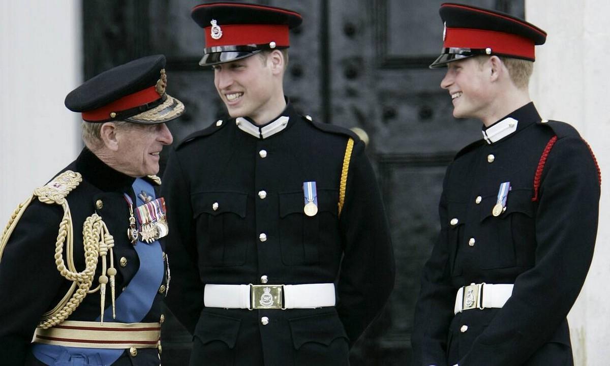 Βασίλισσα Ελισάβετ: Έδωσε εντολή – Με πολιτικά ρούχα στην κηδεία του Φίλιππου