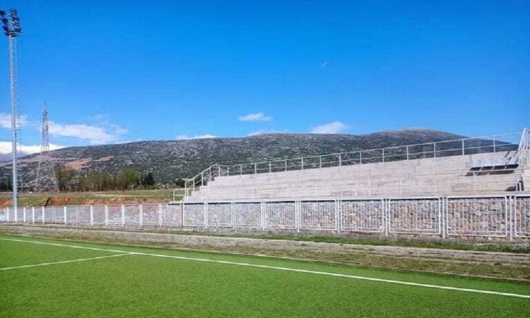 ΕΠΣ Φωκίδας: Με παρέμβαση Αγγέλου χιλιάδες καθίσματα κάνουν πιο ανθρώπινα τα γήπεδα της Φωκίδας
