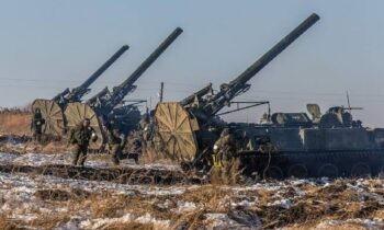 Οι Ρώσοι μεταφέρουν πυρηνικά στα σύνορα με την Ουκρανία υποστηρίζουν χρήστες του διαδικτύου.