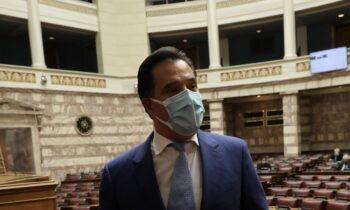 Γεωργιάδης: Σχολίασε το νομοσχέδιο για τις λαϊκές αγορές και, παράλληλα, τη σχετική κριτική που ασκήθηκε από τον Αλέξη Τσίπρα.
